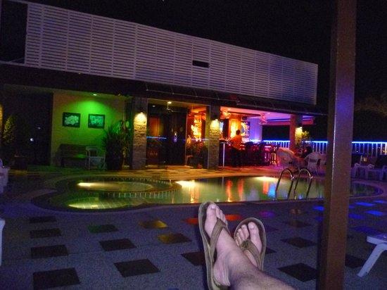 Patong Hemingway's Hotel: Rooftop Pool & Bar