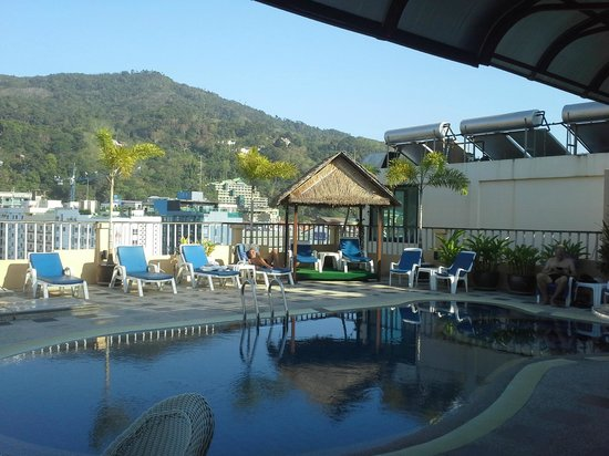 Patong Hemingway's Hotel : Rooftop Pool