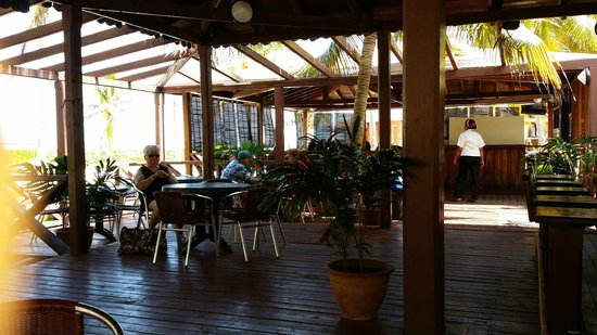 Bravo Caracol: Caracol Beach Bar
