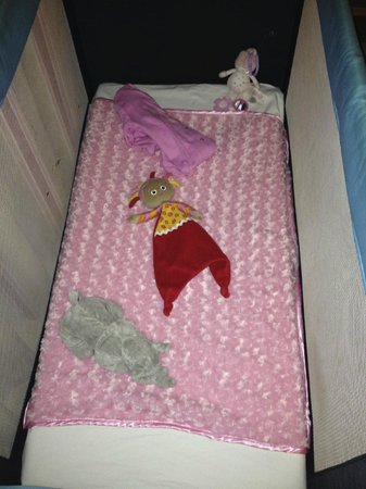 Be Live Family Costa los Gigantes: Babies cot every day, very inviting