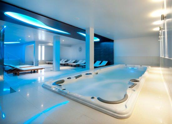 Hotel Phoenix: Pool