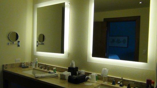 Beautifully lit mirrors