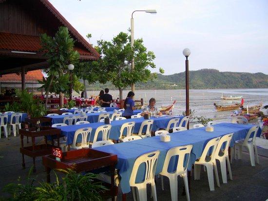 Tangkae Seafood: Tangkae: zur Meerseite