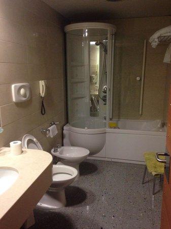 Grand Hotel Leon d'Oro : Bagno