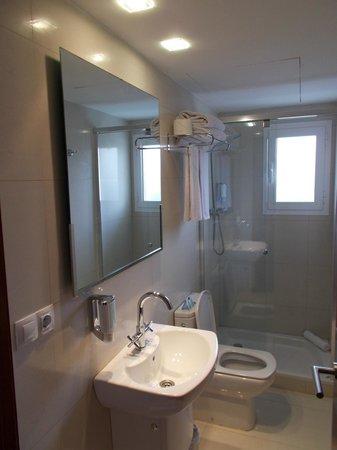 Hotel UR Portofino: la salle de bain