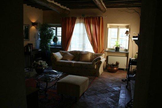 Hotel Villa Volpi : sala lettura