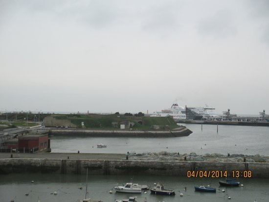 Holiday Inn - Calais: View from hotel room