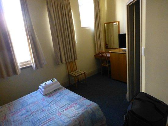 Criterion Hotel Perth: Criterion Hotel - 1 Queen