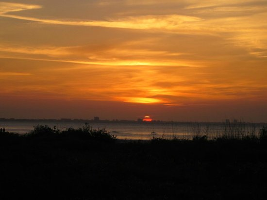 Sanibel Inn: Sanibel Sunrise