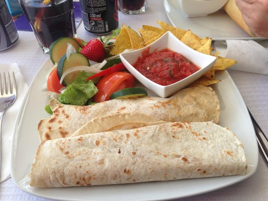 The Oasis : Chilli and cheese wraps with tortilla chips, salsa and salad! DIVINE!