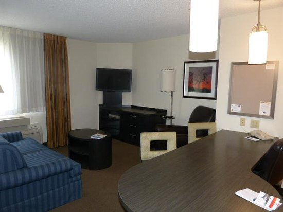 Candlewood Suites Dallas, Las Colinas : Lounge Area