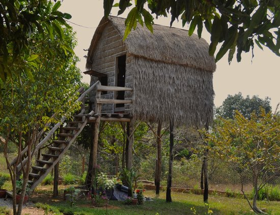 Khmer Hands Bungalows : Robinson Crusoe Bunglow with en suite bathroom.