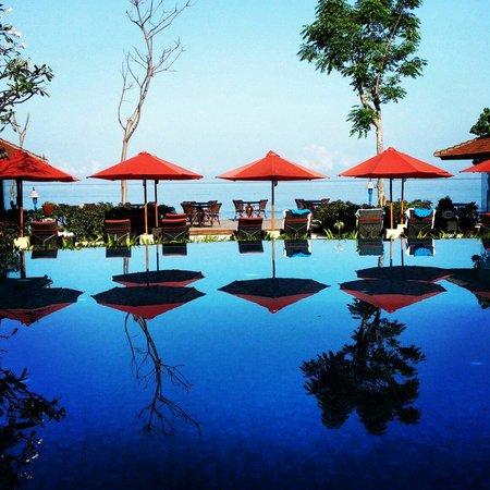 Sudamala Suites & Villas Senggigi : Pool view