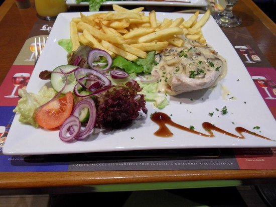 Restaurant De Witte Leeuw: Chicken & fries
