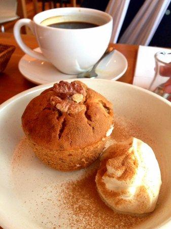 Café Atl : Banana walnut muffin
