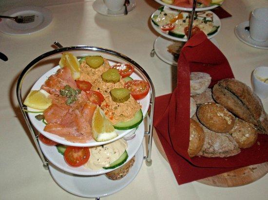 Museum of Bags and Purses: Deel van de overheerlijke lunch in de stijlkamer.