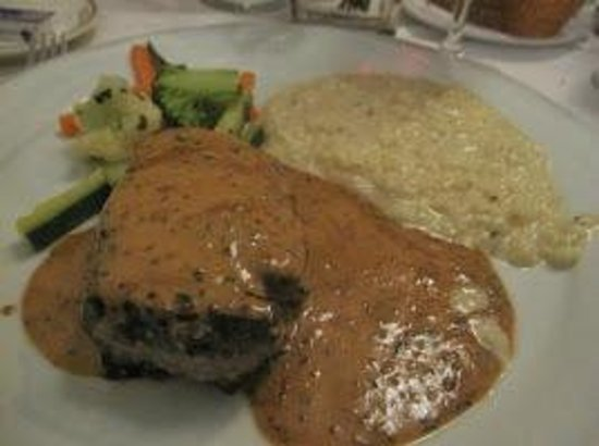 Croix d'Ouchy - Beef Filet with mustard cream sauce, white Risotto & Vegetables