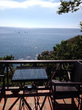 Aminjirah Resort: Vores terrasse
