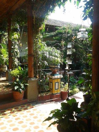 Hotel Palacio Chico 1850: Patio interior