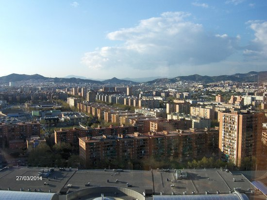 Hilton Diagonal Mar Barcelona: View from the 22nd floor landing.