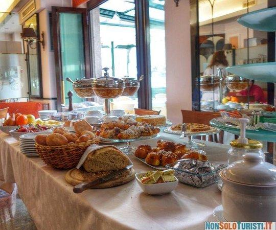 Posta Hotel Ristorante: Colazione