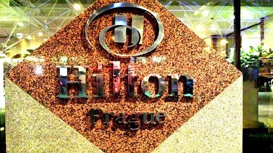 Hilton Prague: Hotel sign