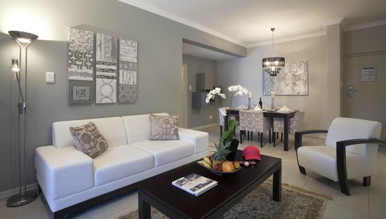 Devonvale Golf & Wine Estate: Suite Living Area