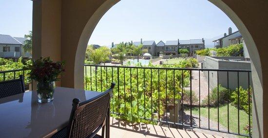 Devonvale Golf & Wine Estate: Balcony
