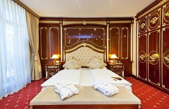 Zimmer picture of novum hotel unique dortmund for Designhotel dortmund