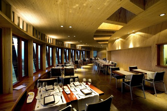 explora Rapa Nui - All Inclusive: Dining room