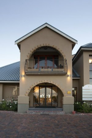 Devonvale Golf & Wine Estate: Entrance