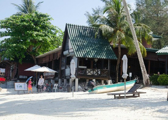 Perhentian Tuna Bay Island Resort : Reception, dining and breakfast area