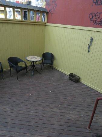 CenterHotel Klopp: Courtyard outside of room