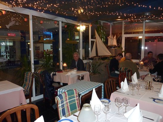 The Fisherman's Shack: Early evening dinner