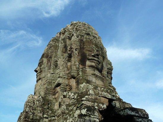 Bayon (Angkor) : очень интересный храм
