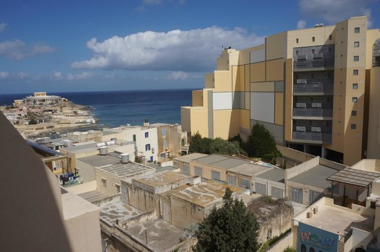 Alexandra Hotel Malta : View from the window