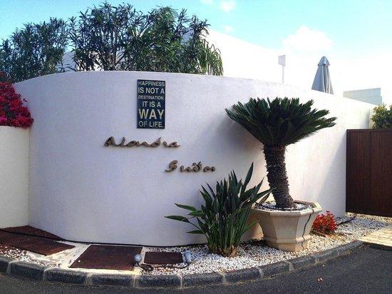 Villas Alondra & Suites : Alondras entance