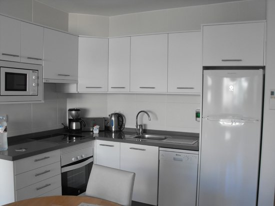 Santa Barbara Golf & Ocean Club: kitchen in room