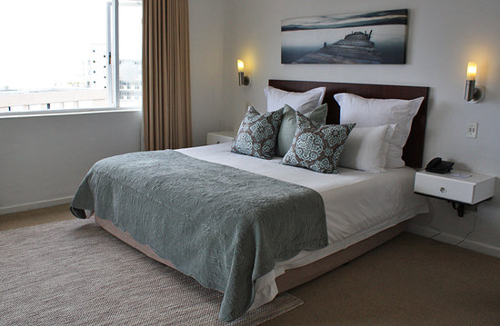Ambassador Self-Catering Apartments: One bedroom apartment