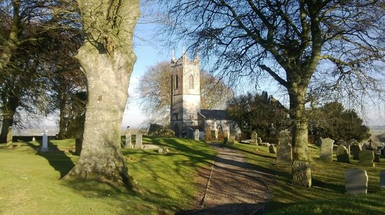 Beautiful Meath Tours: ST.PATRICKS Church and Graveyard at The Hill of Tara