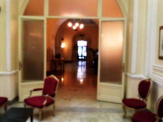 Grand Hotel et Des Palmes : atrio sala colazione