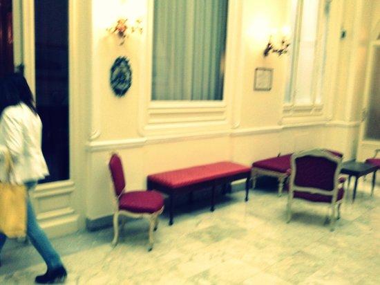 Grand Hotel et Des Palmes : sala lettura giornali