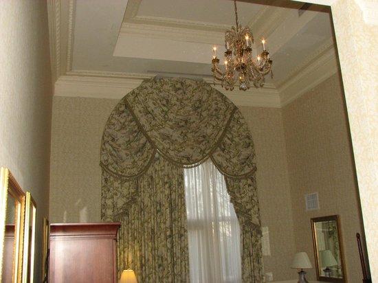 Nemacolin Woodlands Resort & Spa: First floor high ceilings