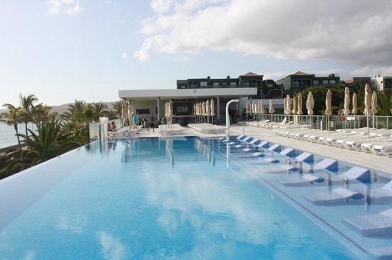 ClubHotel Riu Gran Canaria : piscina e bar