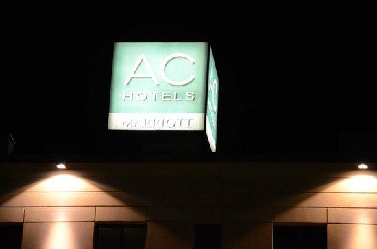 AC Hotel Arezzo : Insegna Hotel