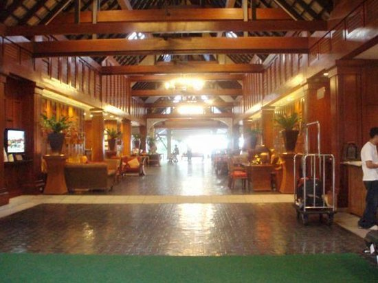 The Residence Resort and Spa Retreat: Lobby