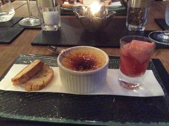 Ramsey House: Creme Brulee with rhubarb and lemon biscotti