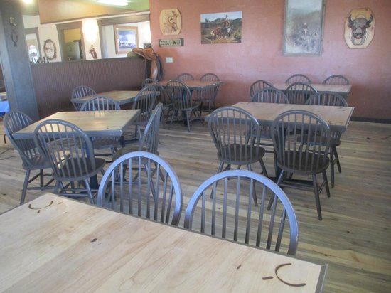 Broken Spur Inn: New hardwood floors in dining area
