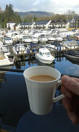 Windermere Marina Village : A morning brew with a great view !