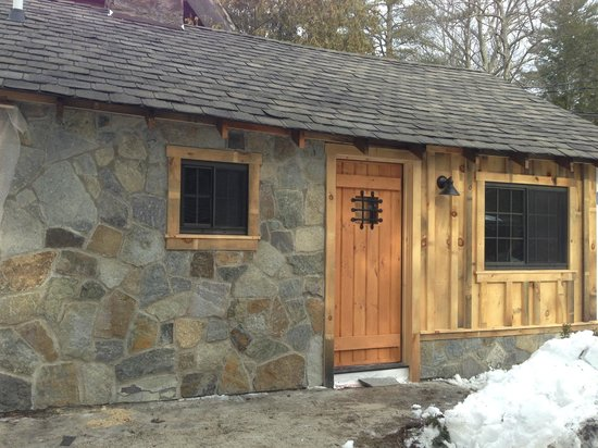 The Lodges at Blue Water Manor: the outside of one of the completely renovated units